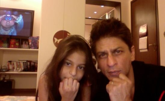 SRKwithdaughter