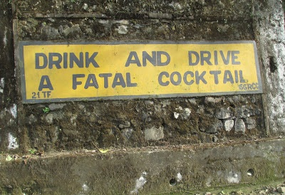 Road Signs From India That Are Both Funny And Witty - 24 funniest signs ever spotted around 6 just brilliant
