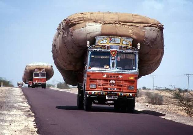 Can You Drive Out Of State With A Permit >> 16 Pictures That Prove Indian Truck Drivers Are The Best In The World