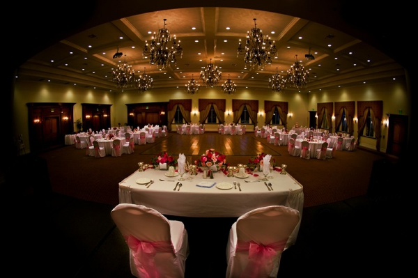 venue-for-conferences-banquets-birthdays-weddings-in-lancaster-california-1474471046