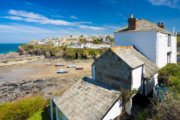 Doc Martin Fans Should Check Out The Filming Locations In