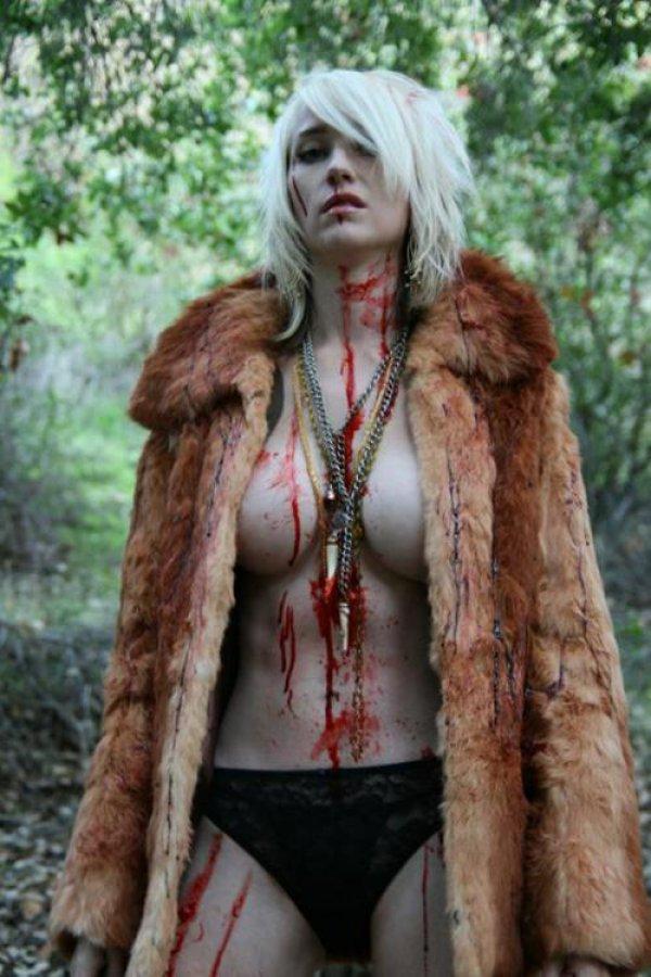 sexy zombie 13