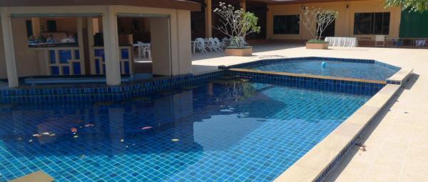 Kuala lumpur custom pool design company hybrid pools for Pool design company polen
