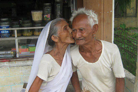 cuteoldcouple