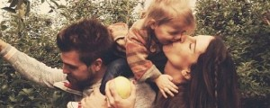 living family kiss love