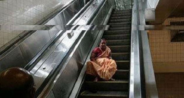 indian hilarious moments escalatorfail