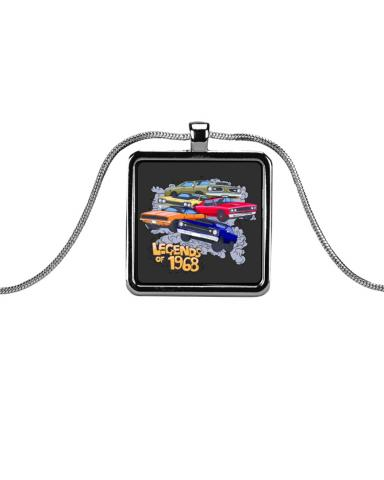 relive the drag racing era with charming metallic rectangle necklaces flowy tank