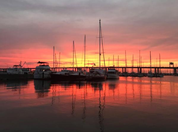 get the best charleston harbor yacht cruises amp historic private boat tours