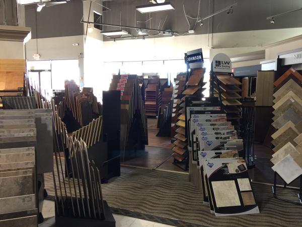 houston hardwood amp vinyl dealership announces handscraped hardwood lvp floorin