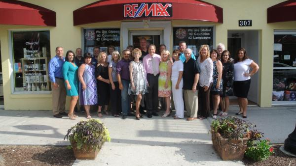 sarasota real estate sales growth expected by re max platinum realty of florida
