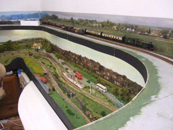 the perfect oo gauge shelf layout with step by step tutorials
