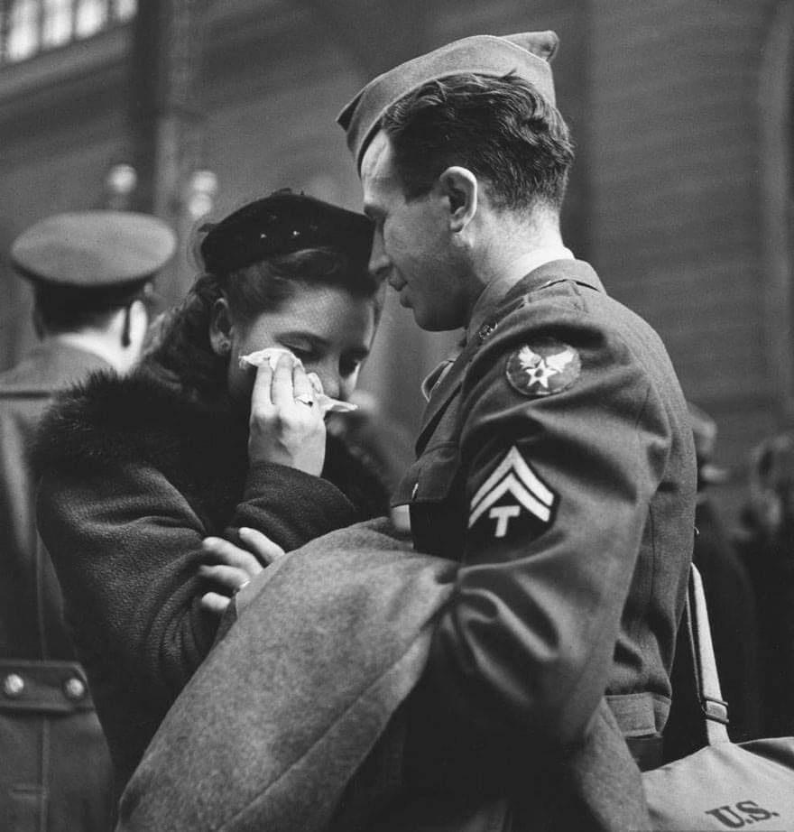 historic photo of couple